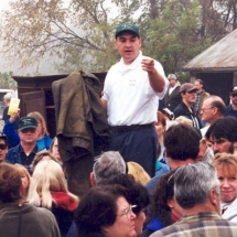 David on wagon with crowd_jpg